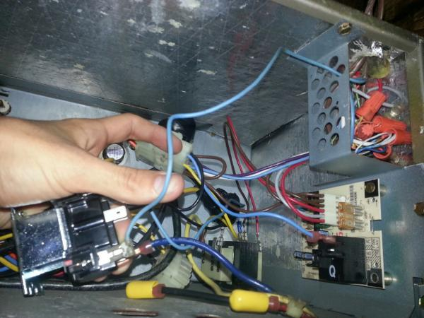 19791d1382565818 carrier ac air handler control board relay_wiring1 carrier ac air handler control board doityourself com community bryant air conditioner wiring diagram at fashall.co