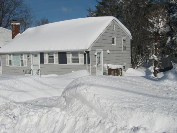 Name:  41stevens_snow.jpg Views: 1208 Size:  40.3 KB