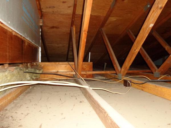 Name:  attic2.jpg Views: 1196 Size:  35.9 KB