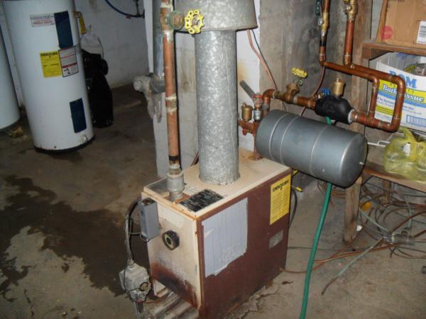 Name:  HC-125B Boiler 007.jpg Views: 1500 Size:  40.1 KB