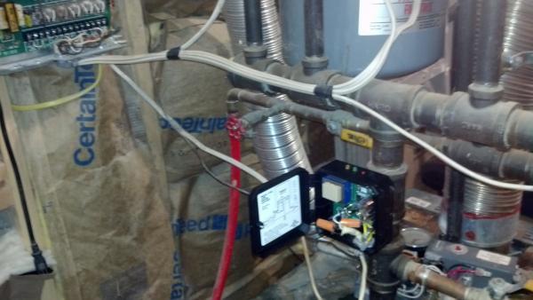 21663d1384995504 oil burner not firing img_20131120_193301_565 oil burner not firing doityourself com community forums safeguard low water cut off wiring diagram at mr168.co