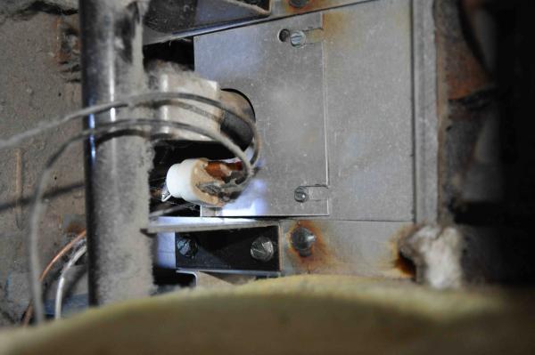 Crown Boiler Pilot Light Lit Will Not Fire Up To Heat & Boiler Not Lighting Up - Democraciaejustica