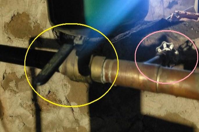 Name:  valves.jpg Views: 160 Size:  76.4 KB