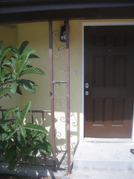 Name:  porch 002.jpg Views: 2789 Size:  31.7 KB