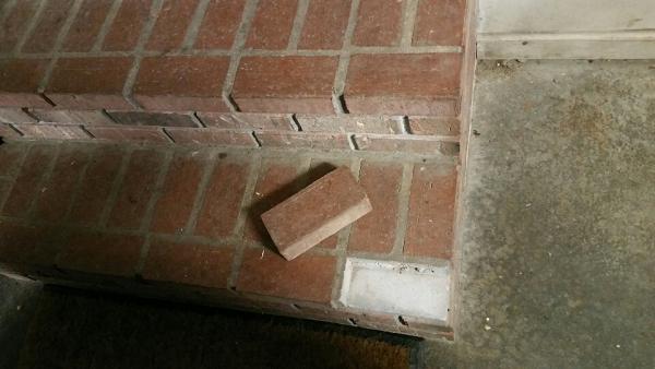 Name:  brick 2.jpg Views: 383 Size:  29.3 KB