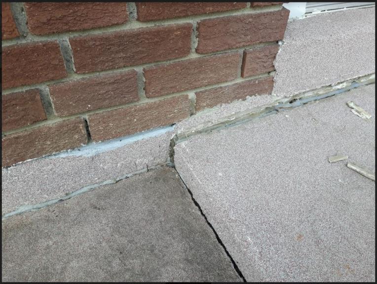 Concrete Sidewalks Do It Yourself : Gap where the walkway meets foundation doityourself
