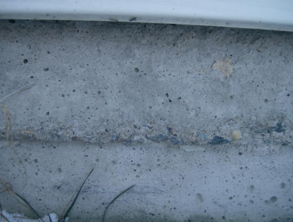 poured concrete foundation cracks
