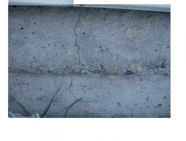 Poured concrete foundation cracks for Poured concrete foundation