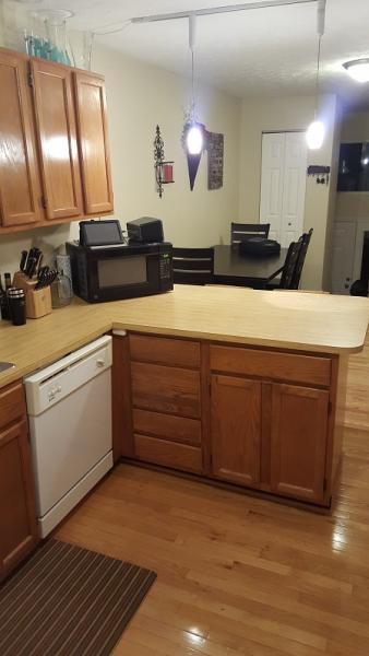 Kitchen cabinet facelift ideas thoughts etc doityourself for Do it yourself kitchen cabinets
