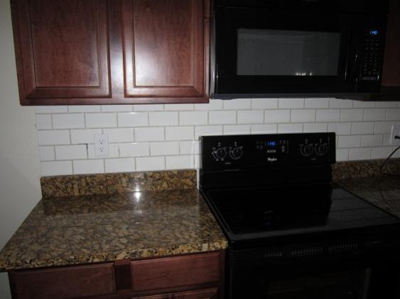 Tiile Backsplash And Granite Joint Doityourself Com
