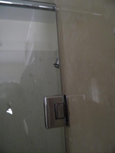 Small Leak In Glass Shower Enclosure Door Doityourself