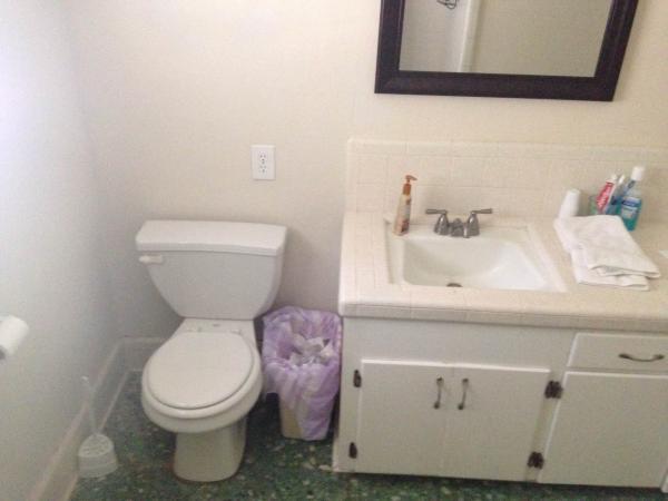 Needing Advice 1970 S Bathroom Remodel Doityourself Com