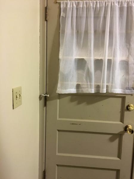 Name:  Door2.jpg Views: 79 Size:  22.7 KB