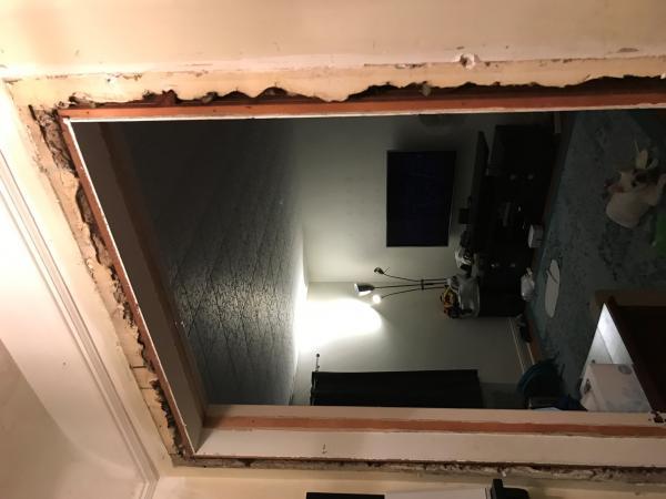 Name:  doorway2.jpg Views: 205 Size:  30.4 KB