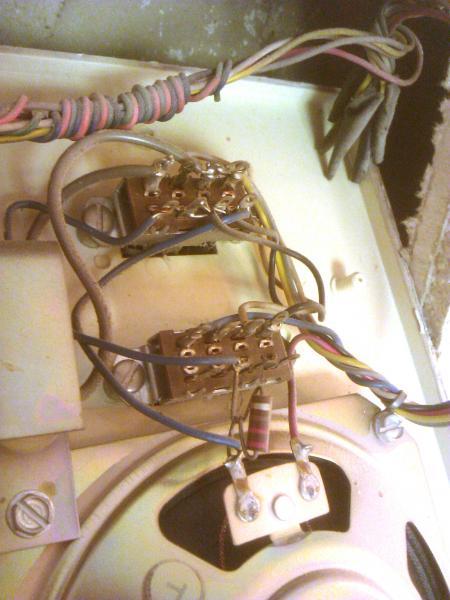 5681d1353360188 intercom switch rittenhouse m7915 wiring rittenhouse intercom wiring diagram wiring diagrams  at edmiracle.co
