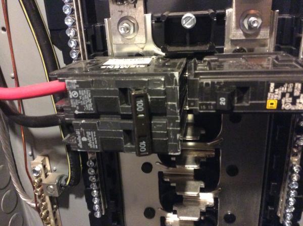 Siemens Type Qp Breaker In A Homeline Panel