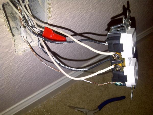 outlet energized switch off doityourself com community forums attached images