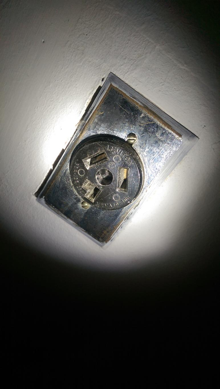 Old Style 220 Outlet With New