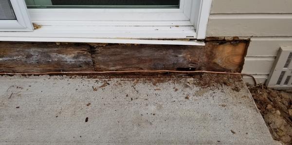 Rotted Siding And Rim Joist Near Porch Doityourself Com