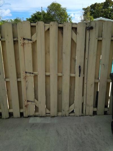 Double Picket Fence Gates Sag Doityourself Com