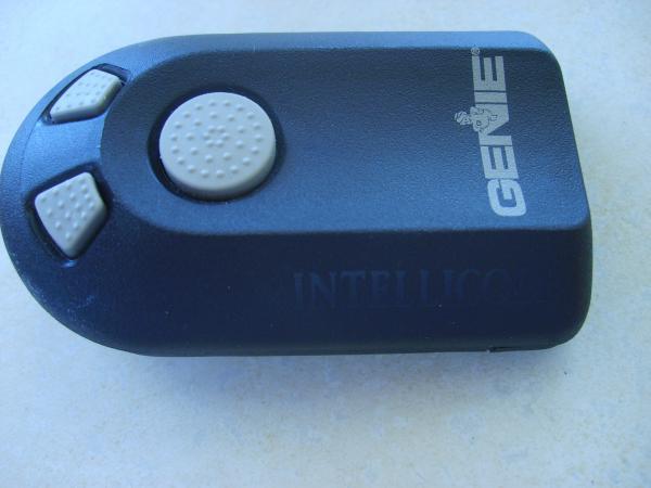 universal garage door openerHow to install an universal garage door remote  DoItYourselfcom