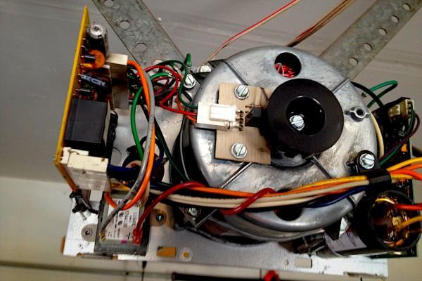 Garage Door Humms Buzz Will Not Open Doityourself Com