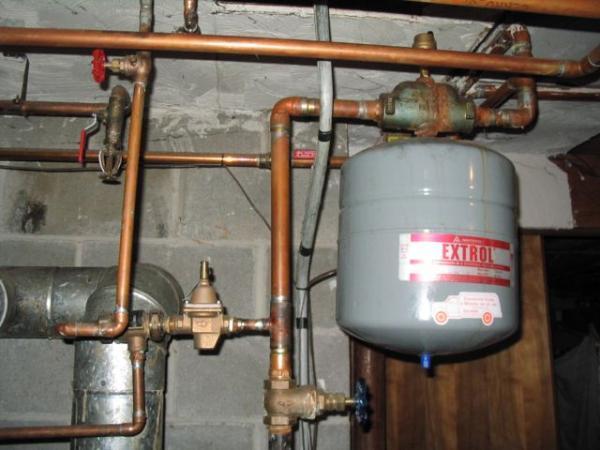 boiler back flow protector leak. Black Bedroom Furniture Sets. Home Design Ideas