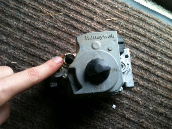 Honeywell pilot light 2018 2019 car release and reviews honeywell pilot light gas furnace valve vent vs pilot inputs doityourself com sciox Images