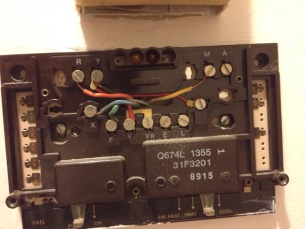 Installing Thermostat Honeywell Rth 7500d