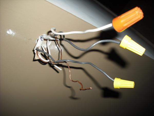 12641d1368584700 need wiring help install sensor overhead garage fluorescent lights sensor location wiring need wiring help to install sensor for overhead garage fluorescent