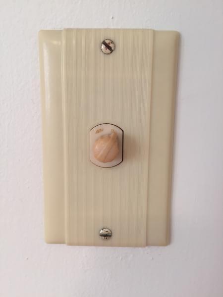 Strange Light Switches Doityourself Com Community Forums