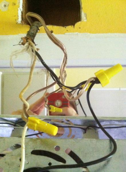 Vanity light wiring - DoItYourself.com Community Forums on