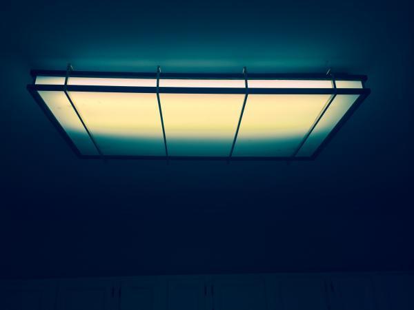 Name:  light.jpg Views: 268 Size:  14.5 KB