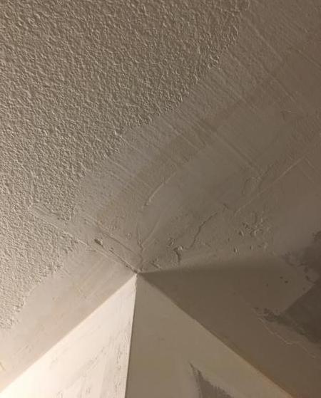 Name:  ceiling corner.jpg Views: 181 Size:  30.6 KB