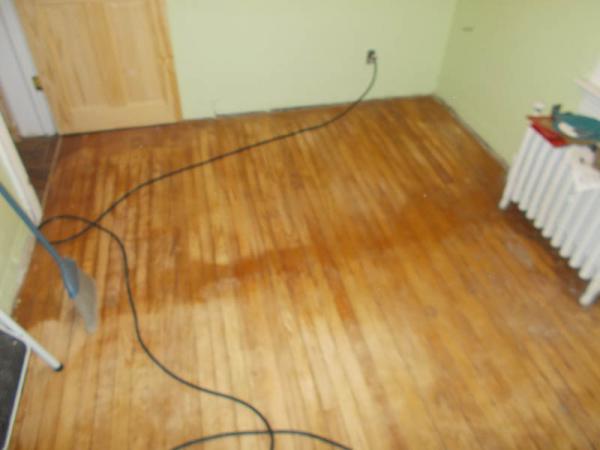 Name:  floor4.jpg Views: 1052 Size:  23.7 KB