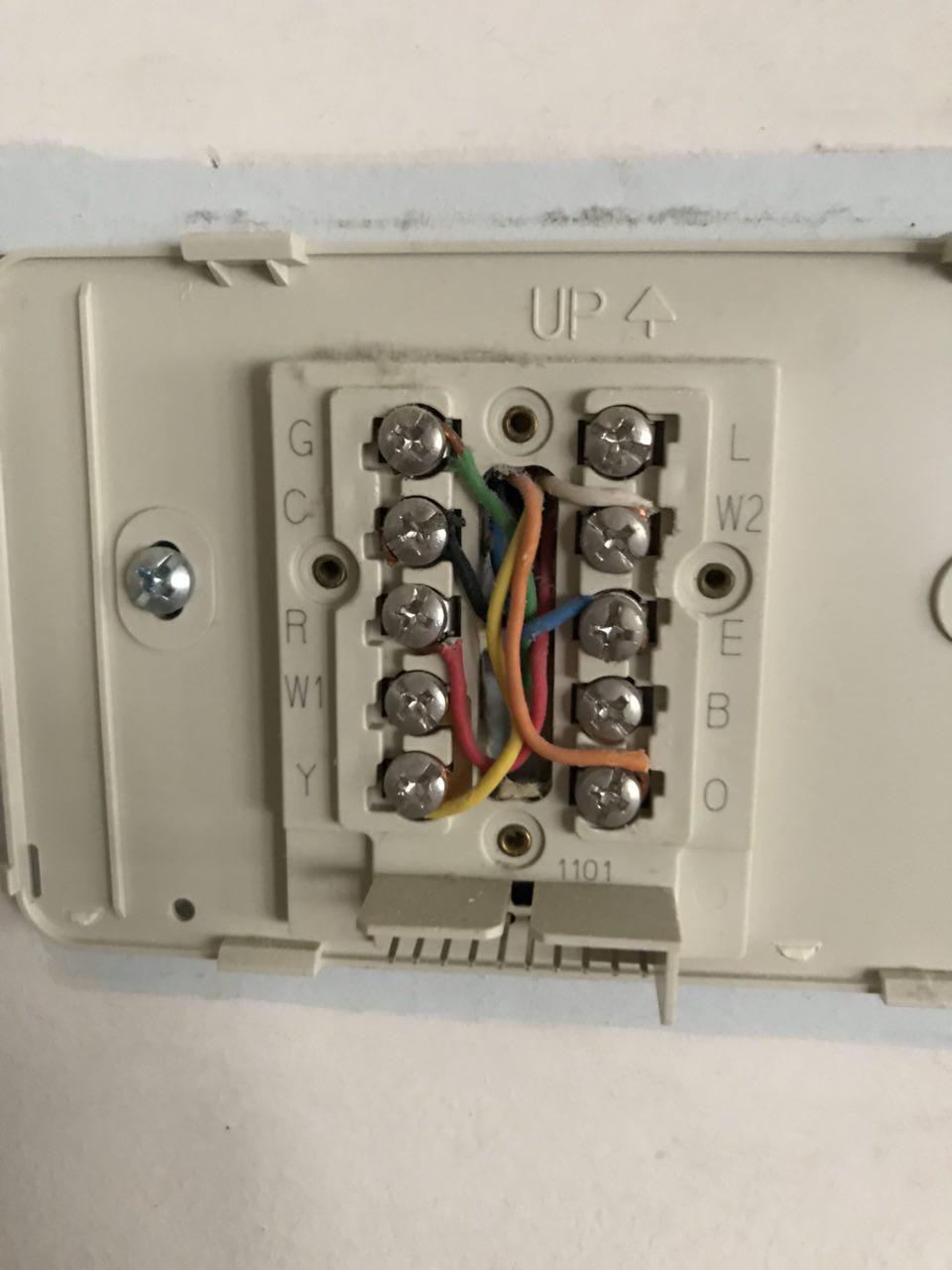 heat pump wiring weirdness
