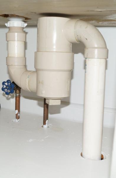 fixing leaky bathroom faucet doityourself