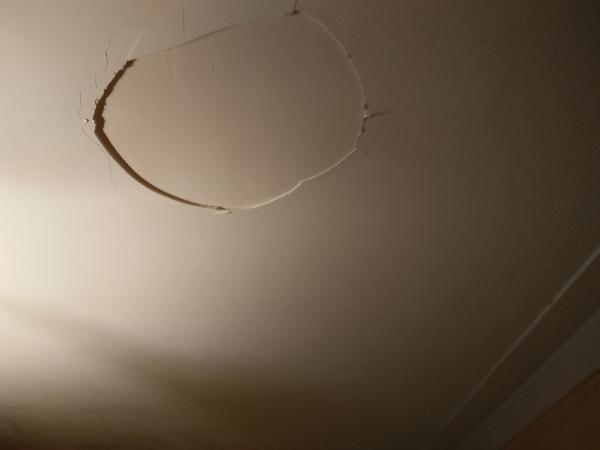 Name:  ceiling02.jpg Views: 161 Size:  11.6 KB