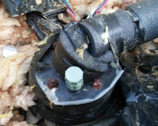 Bathroom Light Keeps Tripping Breaker water pump keeps tripping circuit breaker - doityourself