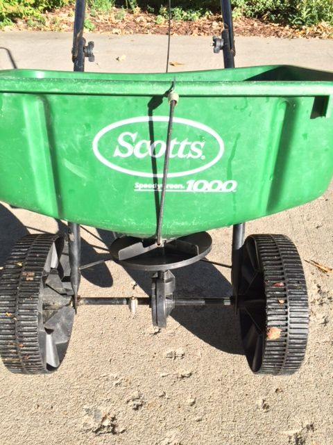 Scotts Speedygreen 1000 Law Spreader Spring Repair
